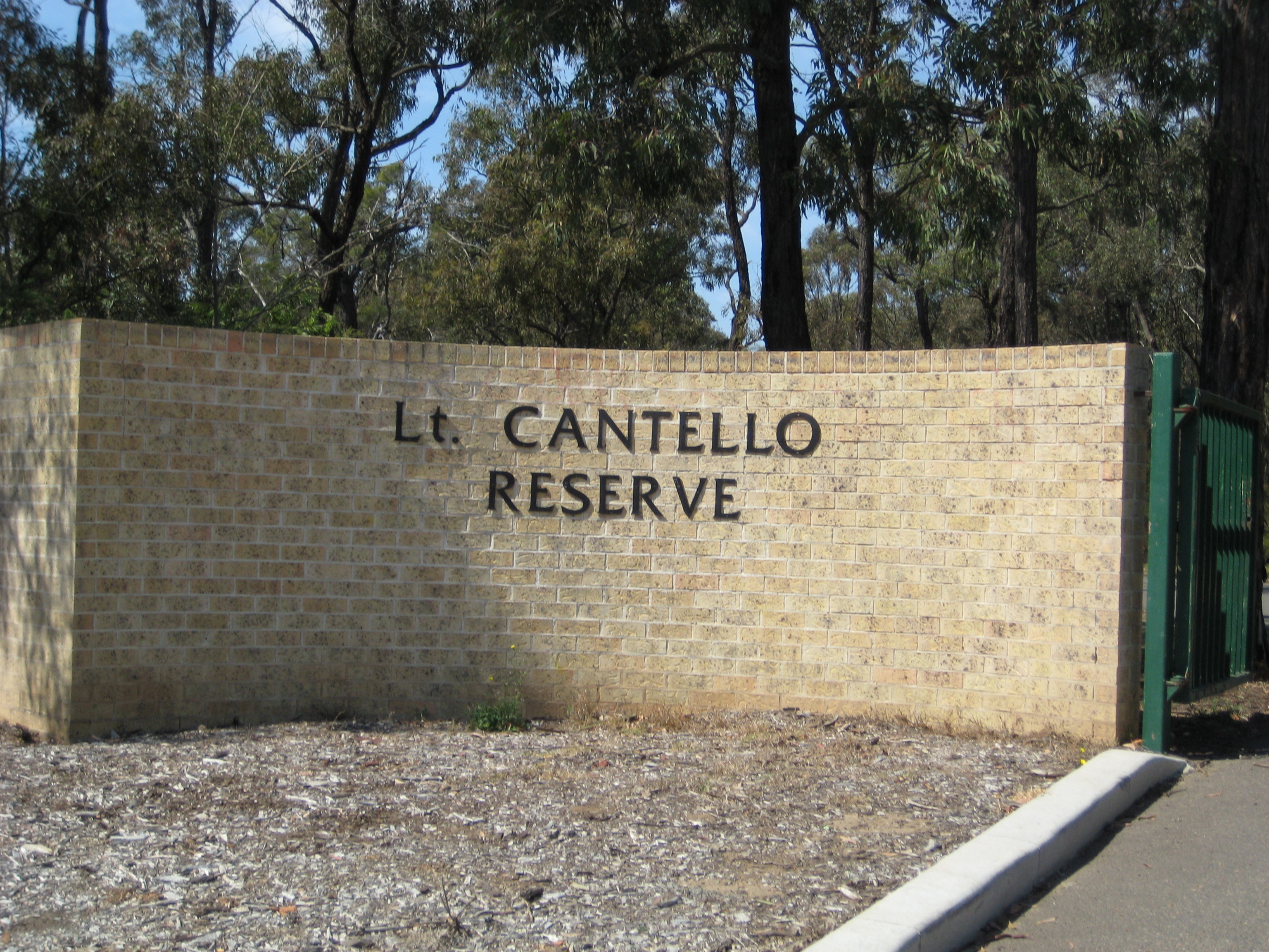 Entrance20to20Lt20Cantello20Reserve
