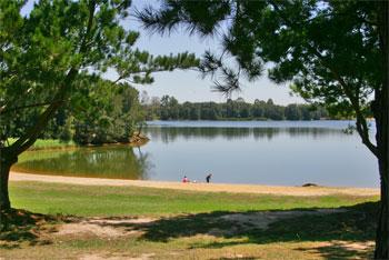 Chipping-Norton-Lakes-Scene